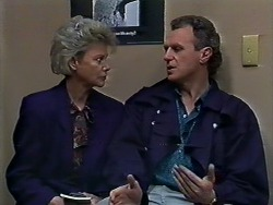 Helen Daniels, Jim Robinson in Neighbours Episode 0567
