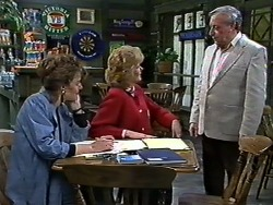 Gail Robinson, Madge Bishop, Rob Lewis in Neighbours Episode 0567