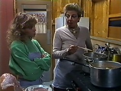 Charlene Mitchell, Eileen Clarke in Neighbours Episode 0567