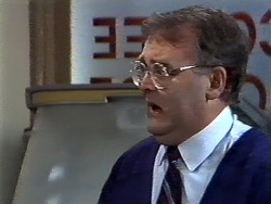 Harold Bishop in Neighbours Episode 0567