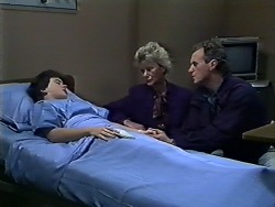Lucy Robinson, Helen Daniels, Jim Robinson in Neighbours Episode 0567