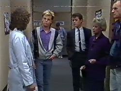 Beverly Marshall, Scott Robinson, Paul Robinson, Helen Daniels, Jim Robinson in Neighbours Episode 0568