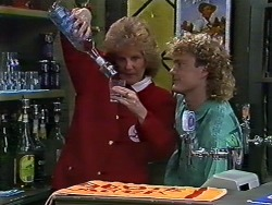Madge Ramsay, Henry Ramsay in Neighbours Episode 0569
