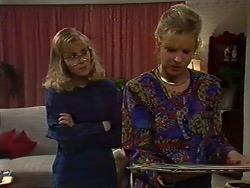 Jane Harris, Amanda Harris in Neighbours Episode 0570