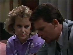 Daphne Clarke, Des Clarke in Neighbours Episode 0570
