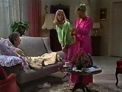 Nell Mangel, Jane Harris, Amanda Harris in Neighbours Episode 0570