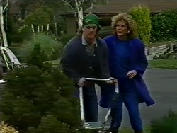 Henry Ramsay, Madge Ramsay in Neighbours Episode 0570