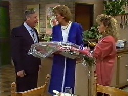 Rob Lewis, Madge Bishop, Charlene Mitchell in Neighbours Episode 0571