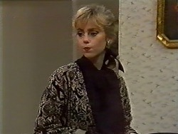 Jane Harris in Neighbours Episode 0571