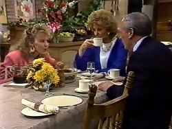 Charlene Mitchell, Madge Bishop, Rob Lewis in Neighbours Episode 0571