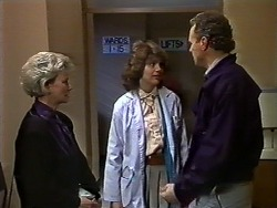Helen Daniels, Beverly Marshall, Jim Robinson in Neighbours Episode 0571