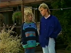 Charlene Mitchell, Scott Robinson in Neighbours Episode 0571