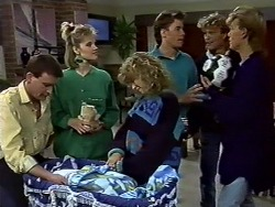 Des Clarke, Daphne Clarke, Charlene Robinson, Mike Young, Henry Ramsay, Scott Robinson in Neighbours Episode 0573