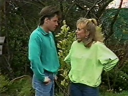 Mike Young, Jane Harris in Neighbours Episode 0573