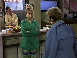 Des Clarke, Daphne Clarke, Eileen Clarke in Neighbours Episode 0573