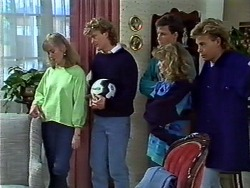 Jane Harris, Henry Ramsay, Mike Young, Charlene Robinson, Scott Robinson in Neighbours Episode 0573