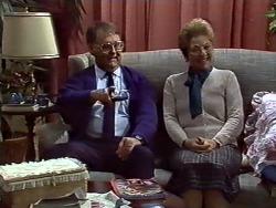 Harold Bishop, Eileen Clarke in Neighbours Episode 0574