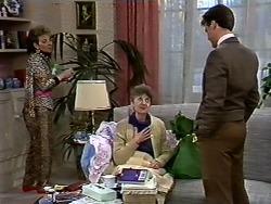 Eileen Clarke, Nell Mangel, Paul Robinson in Neighbours Episode 0574