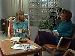 Jane Harris, Gail Robinson in Neighbours Episode 0574