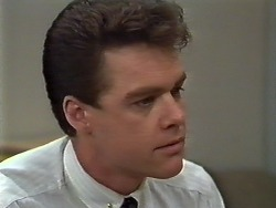 Paul Robinson in Neighbours Episode 0574