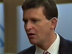 Des Clarke in Neighbours Episode 0575
