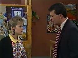 Eileen Clarke, Des Clarke in Neighbours Episode 0575
