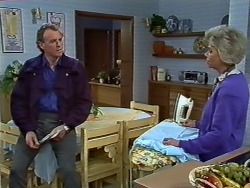 Jim Robinson, Helen Daniels in Neighbours Episode 0575