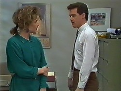 Gail Robinson, Paul Robinson in Neighbours Episode 0575