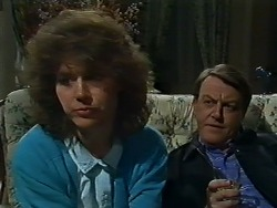 Beverly Marshall, Stephen Armstrong in Neighbours Episode 0576