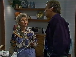 Helen Daniels, Jim Robinson in Neighbours Episode 0576