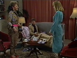 Eileen Clarke, Nell Mangel, Jane Harris in Neighbours Episode 0576