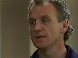 Jim Robinson in Neighbours Episode 0576
