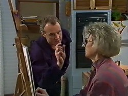 Jim Robinson, Helen Daniels in Neighbours Episode 0577