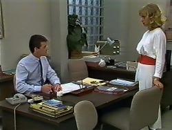 Paul Robinson, Jane Harris in Neighbours Episode 0577