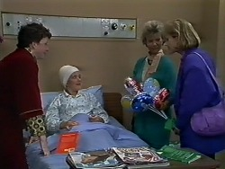 Rick Hansen, Lucy Robinson, Helen Daniels, Daphne Clarke in Neighbours Episode 0580