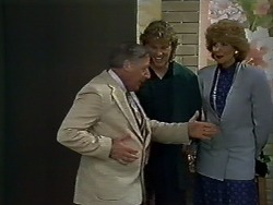 Rob Lewis, Henry Ramsay, Madge Bishop in Neighbours Episode 0580