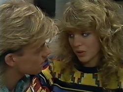Scott Robinson, Charlene Mitchell in Neighbours Episode 0580