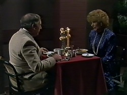 Rob Lewis, Madge Bishop in Neighbours Episode 0580