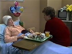 Lucy Robinson, Rick Hansen in Neighbours Episode 0580