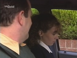 Philip Martin, Debbie Martin in Neighbours Episode 2671