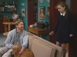 Greg Mundy, Holly, Debbie Martin in Neighbours Episode 2671