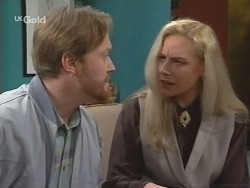 Greg Mundy, Hazel Mundy in Neighbours Episode 2672