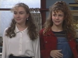 Debbie Martin, Hannah Martin in Neighbours Episode 2672