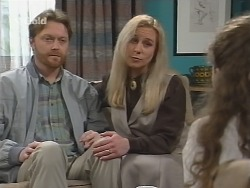 Greg Mundy, Hazel Mundy, Debbie Martin in Neighbours Episode 2672