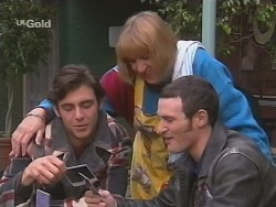 Malcolm Kennedy, Angie Rebecchi, Stonie Rebecchi in Neighbours Episode 2674