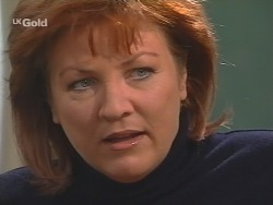 Cheryl Stark in Neighbours Episode 2674