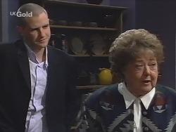 Luke Handley, Marlene Kratz in Neighbours Episode 2675