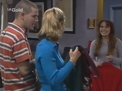 Luke Handley, Danni Stark, Libby Kennedy in Neighbours Episode 2676