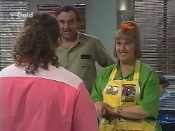 Toadie Rebecchi, Mick Anderson, Angie Rebecchi in Neighbours Episode 2677