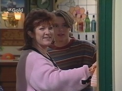 Cheryl Stark, Billy Kennedy in Neighbours Episode 2678